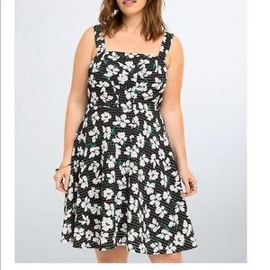 Torrid Plus Size 24 Skater Flower Print Dress